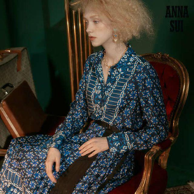 안나수이(ANNA SUI) 판타지아 실크블랜딩셔츠+플리츠스커트 셋업 2종